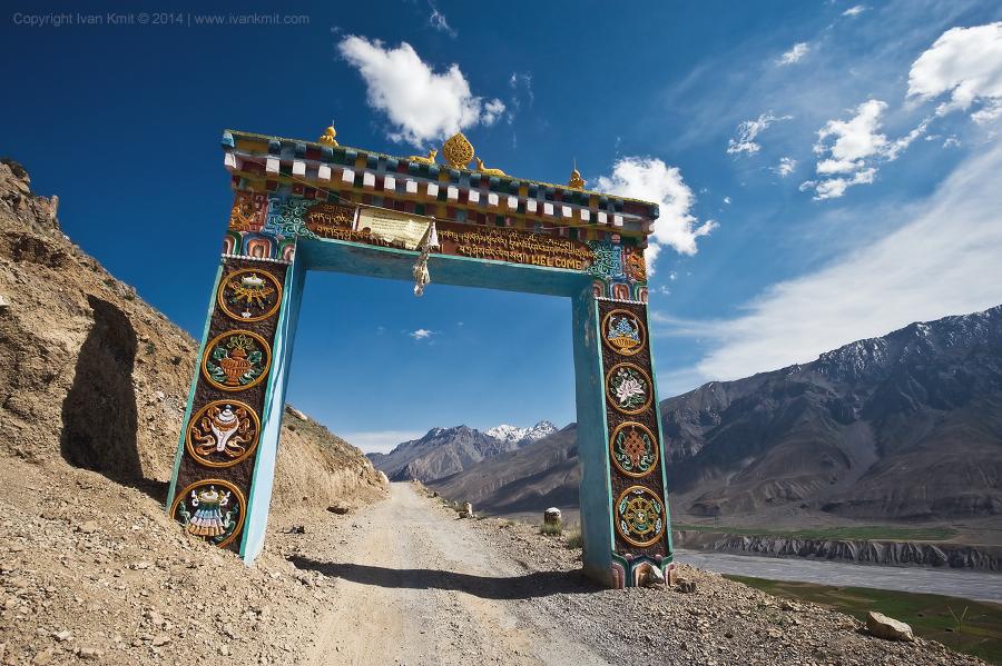 Tibetian_gate