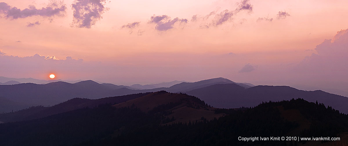 Sundown_in_mountain