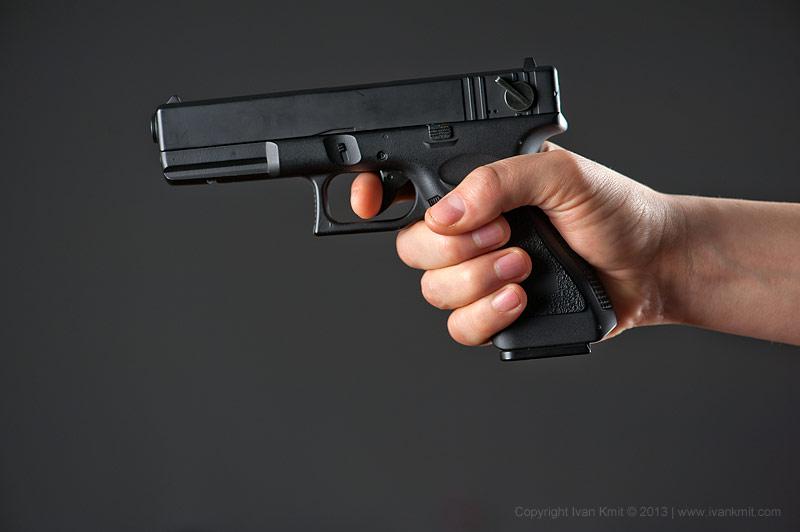Петербуржец обстрелял пьяного оккупанта возле Казанского собора